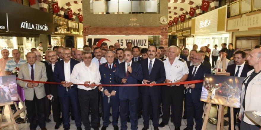 Sarraflar Yeraltı Çarşısı 15 Temmuz'u unutmadı