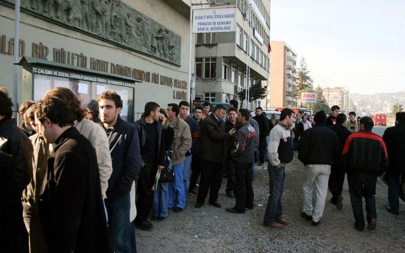 Bir yılda 1 milyon 116 bin kişi daha işsiz kaldı