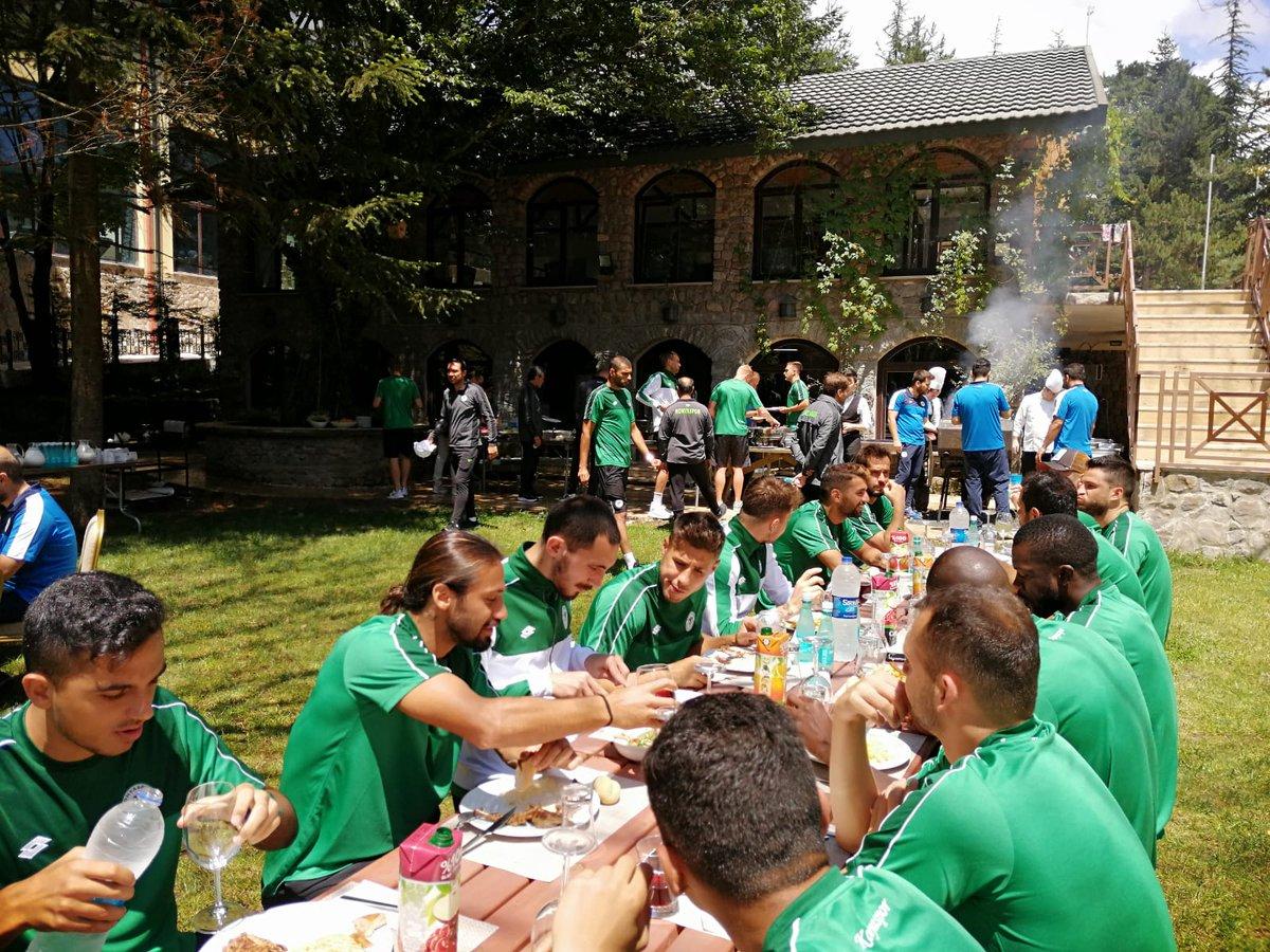 Konyaspor'da  mangal partisi