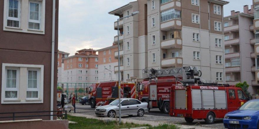 Konya'da 8 katlı binada yangın paniği!