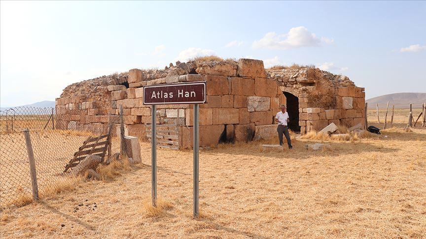 Atlas Han turizme kazandırılmayı bekliyor