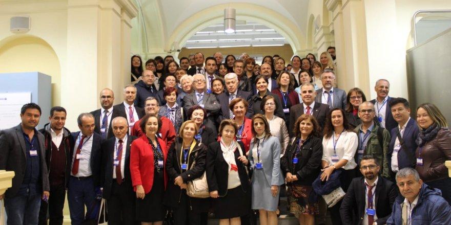 Türk dil dünyası  Bakü'de buluşacak