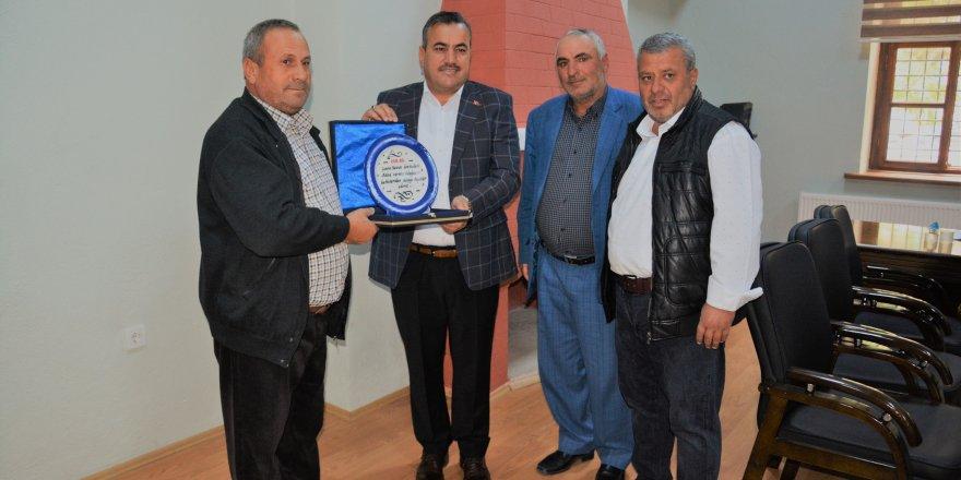 Kavun üreticilerinden  Başkan Oflaz'a teşekkür