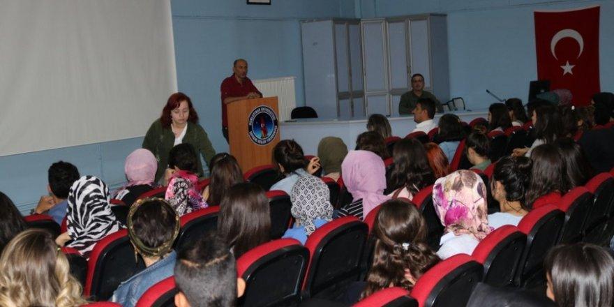 DPÜ Şaphane Meslek Yüksekokulu'nda oryantasyon programı