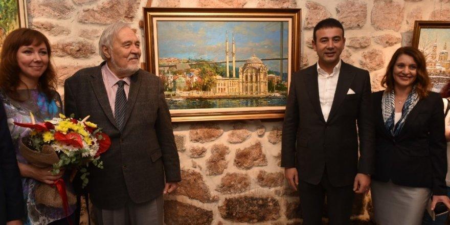 Türk ve Rus ressamlardan karma resim sergisi