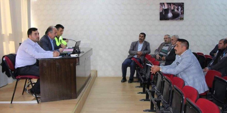 Sungurlu'da servis sürücüleri bilgilendirildi