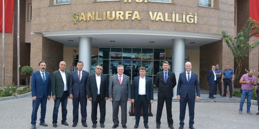 Gaziantepli ihracatçılar sınırda Mehmetçiğe moral verdi