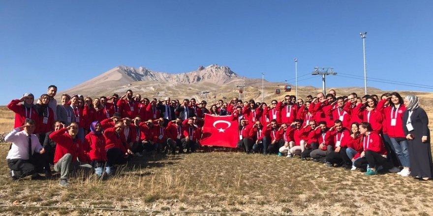 Akıl ve zeka oyunları eğitmen adayları Kayseri'de