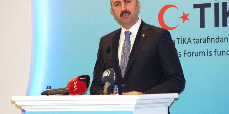 """Adalet Bakanı Gül: """"Operasyon, açık ve sınırlı hedeflerle gerçekleştirilmektedir"""""""