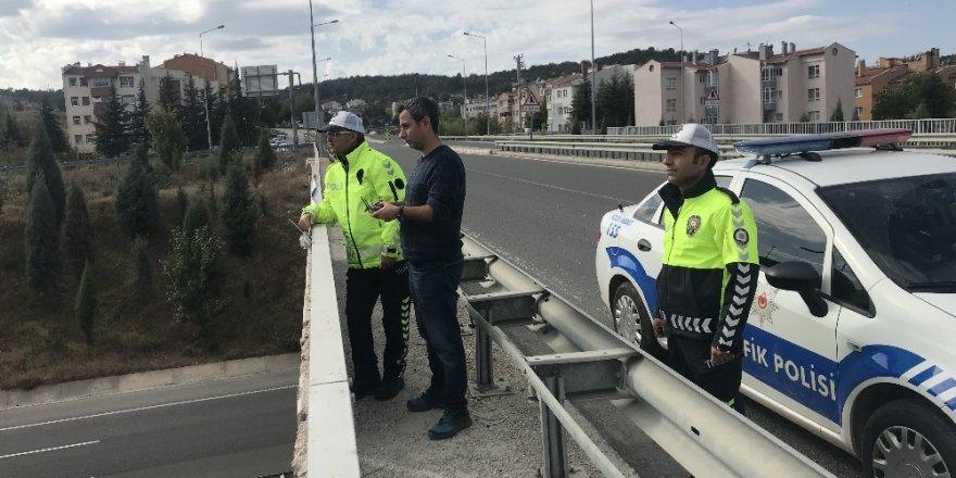 Bozüyük'te drone ile trafik denetimi yapılıyor