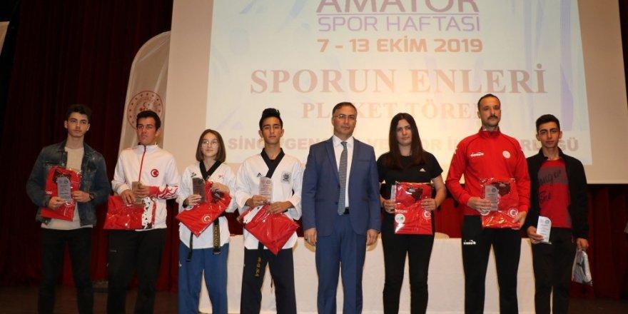 12 Sporcu yılın EN'leri Ödülünü Aldı