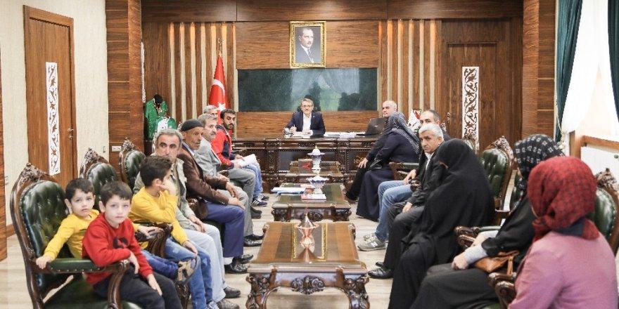 Vali Ekinci, vatandaşların taleplerini dinledi