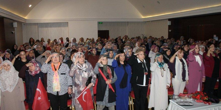 Çankırılı kadınlardan Mehmetçiğe dua ve selam