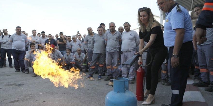 Belediye personeline yangın tatbikatı