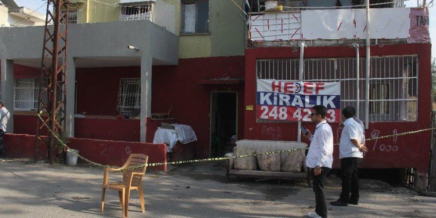 Adana'da laf atma kavgası: 1 ölü, 4 yaralı