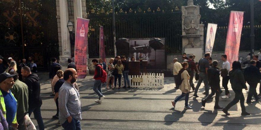 İstiklal Caddesi'nde Ara Güler etkinliği