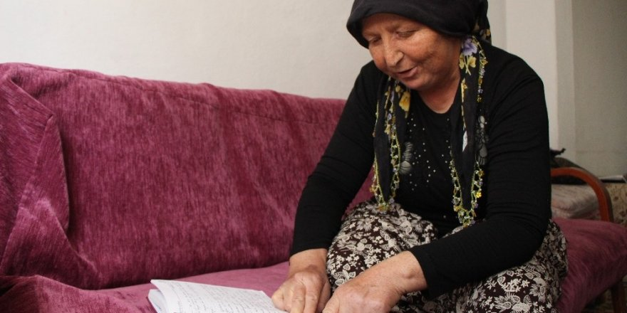 Acılı anne hayatını kaybeden evladını kitapları ile yaşatıyor