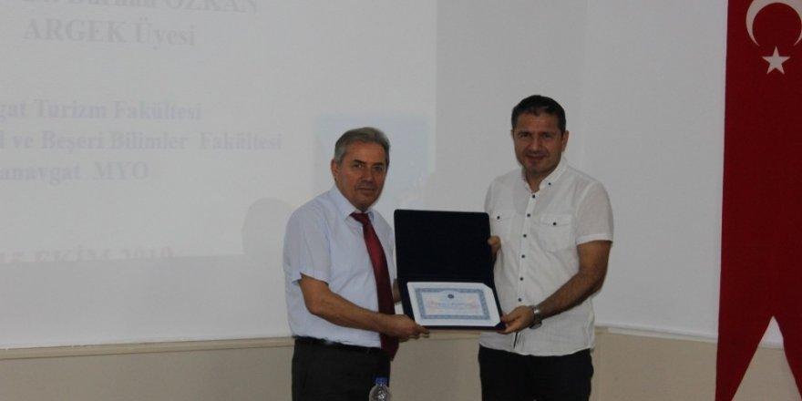 Bilimsel kriterlere uygun olmayan akademik faaliyetler Manavgat'ta tartışıldı