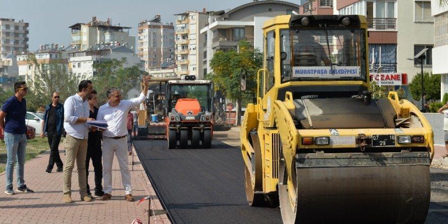 Başkan Uysal, yol çalışmalarını inceledi