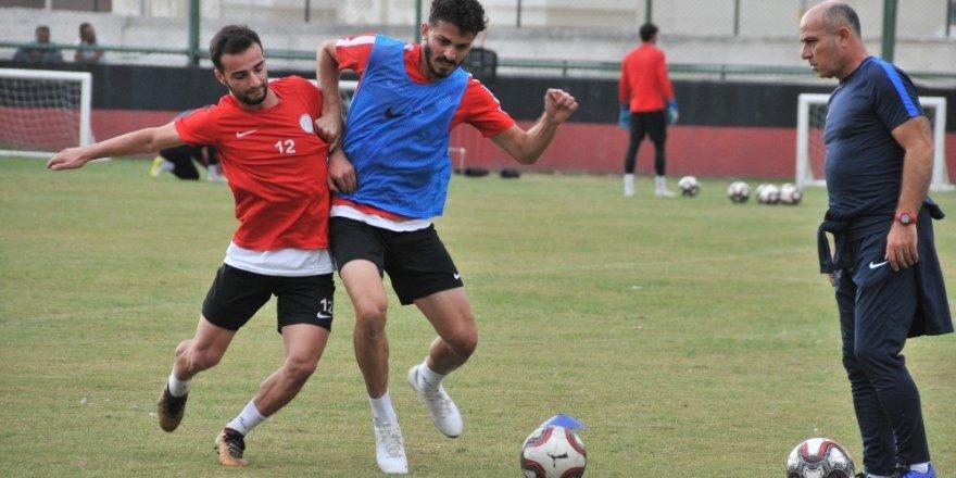 Karaköprü Belediyespor Tokatspor'u ağırlıyor