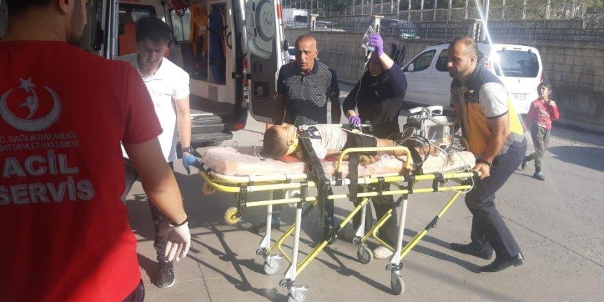 Siirt'te otomobilin çarptığı 5 yaşındaki çocuk ağır yaralandı