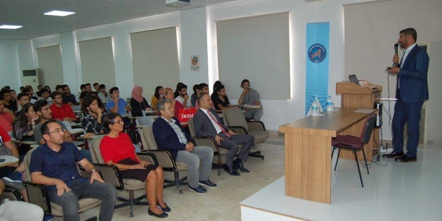 """Kumluca'da """"Tarımsal Üretimde Maliyetler"""" konuşuldu"""