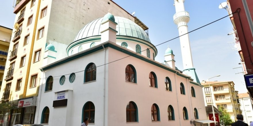 Hacı Abdi Cami, törenle ibadete açıldı