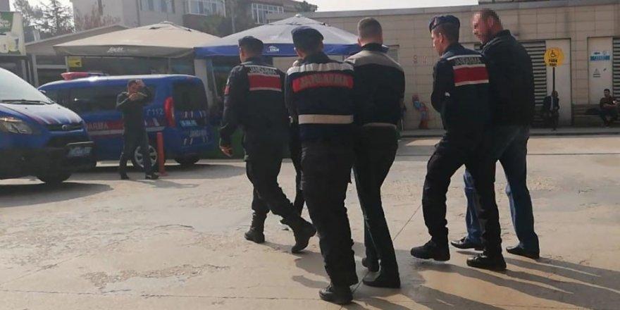 Uyuşturucu ile yakalandılar serbest kaldılar