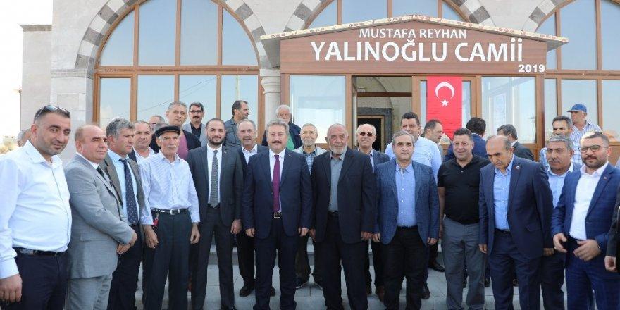 Mustafa ve Reyhan Yalınoğlu Cami tanıtım törenine yoğun ilgi
