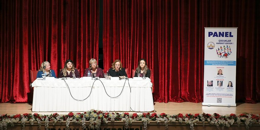 """Trakya Üniversitesi'nde """"Çocuklar hareket ediyor"""" paneli"""