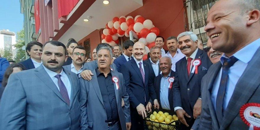 """İçişleri Bakanı Süleyman Soylu: """"Yakaladık diz çöktürmeden ve tasfiye ettirmeden bırakmayız"""""""