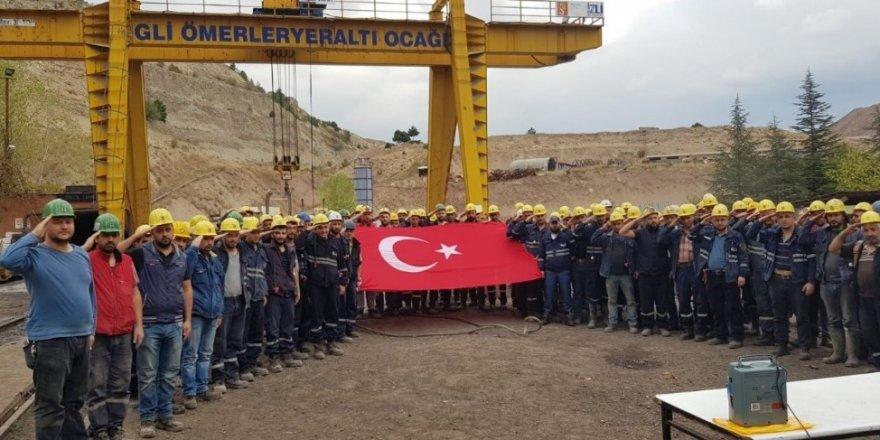 Kömür işçilerinden askerlere çin dua