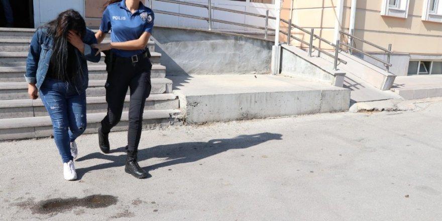 Niğde'de masaj salonuna fuhuş operasyonu: 3 gözaltı