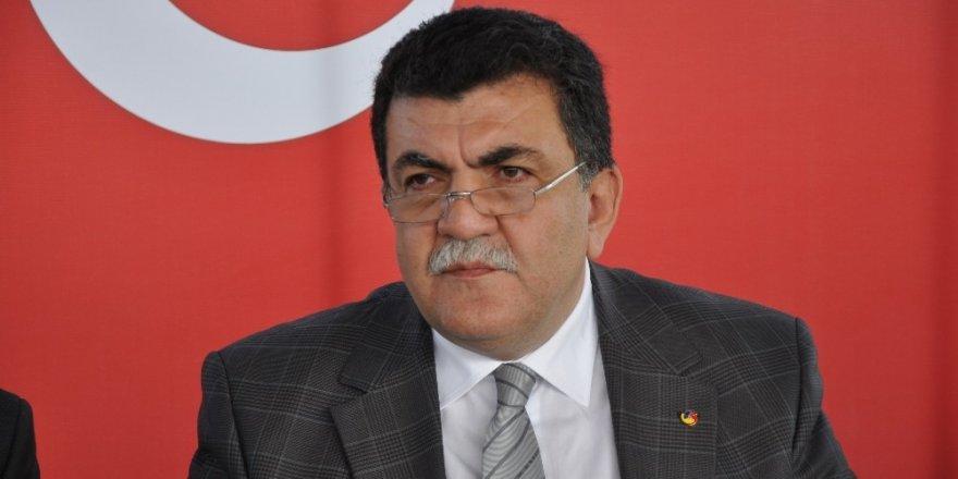 RTSO Başkanı Şaban Aziz Karamehmetoğlu: 'Yapılacaksa bu demiryolu Samsun - Sarp arasında yapılsın'