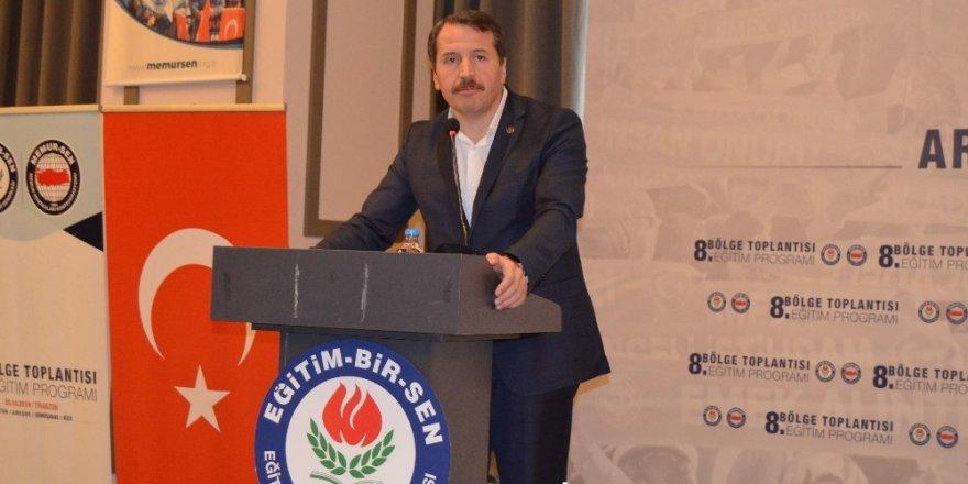 Eğitim-Bir-Sen 8. Bölge Toplantısı Trabzon'da yapıldı