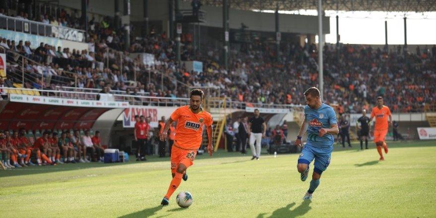 Süper Lig: Alanyaspor: 2 - Çaykur Rizespor: 0 (İlk yarı)