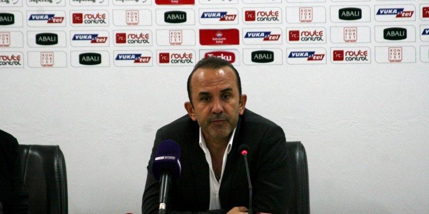 """Mehmet Özdilek: """"Kolay değil, bu ligin en fazla koşan takımına karşı oynadık"""""""
