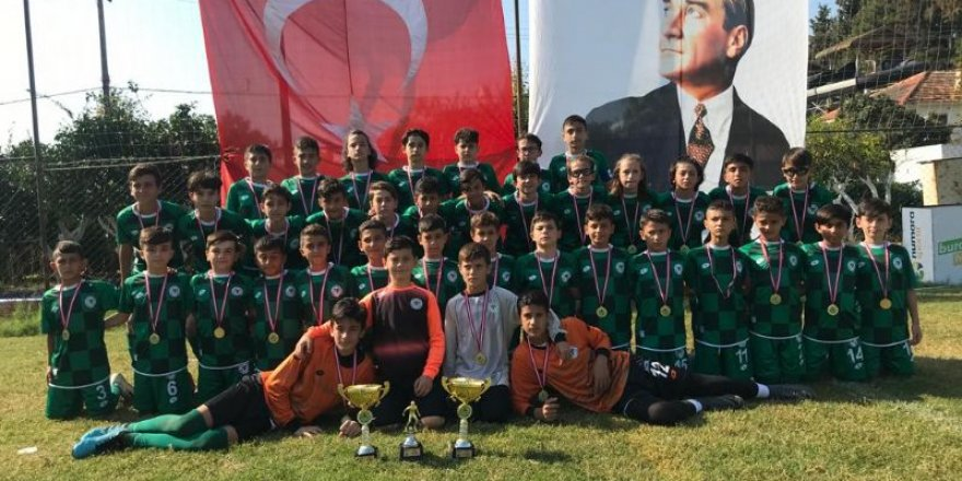 Konyaspor U13 takımı şampiyon oldu