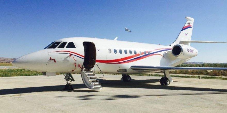 Yunanistan'a 59 kez uçan özel uçak ne taşıyordu?