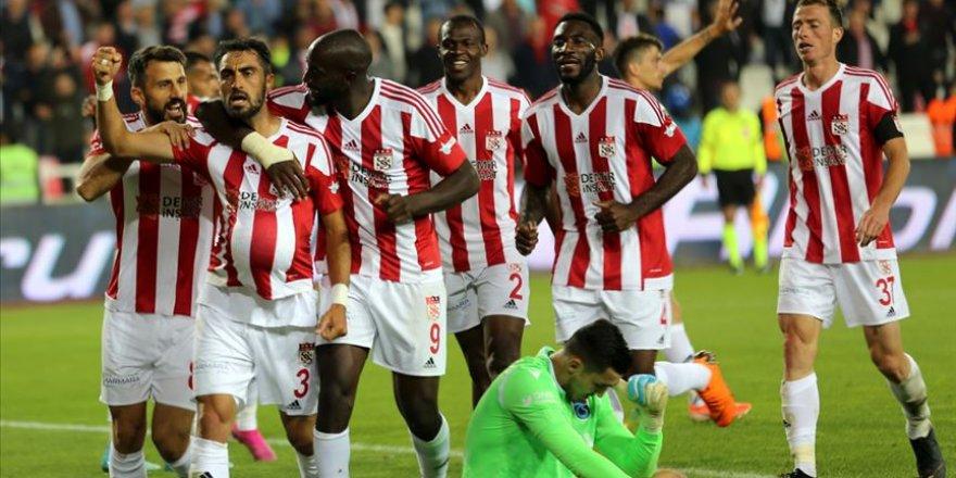 Rakip Sivasspor  evinde kaybetmiyor
