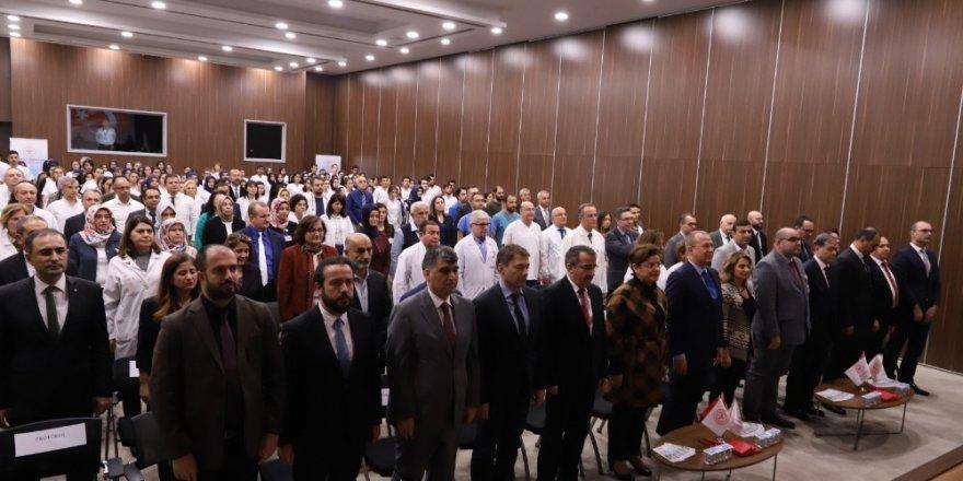 Ankara Şehir Hastanesi ile Türk Tıp Dünyası sağlık bilim köprüleri güçleniyor
