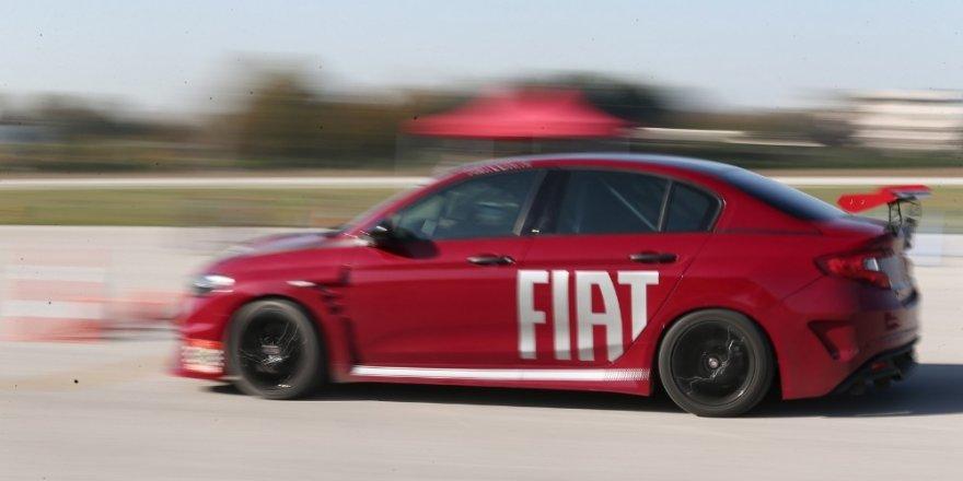 Yarış otomobilleriyle güvenli sürüş heyecanı