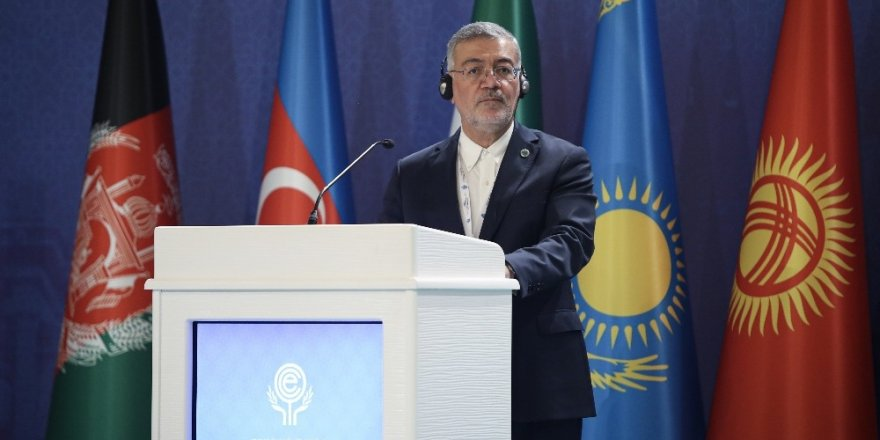 """Bakan Çavuşoğlu: """"ABD petrol gelirleriyle YPG'yi destekliyor"""""""