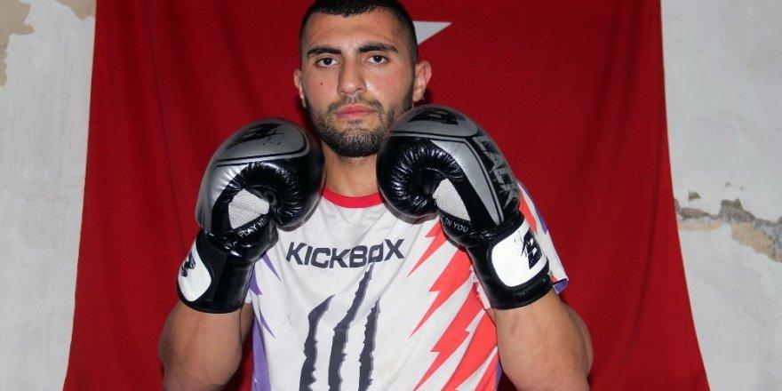 Azerbaycanlı Aykhan Mammadov, 2019 Dünya Kick Boks Şampiyonası'na Giresun'da hazırlanıyor