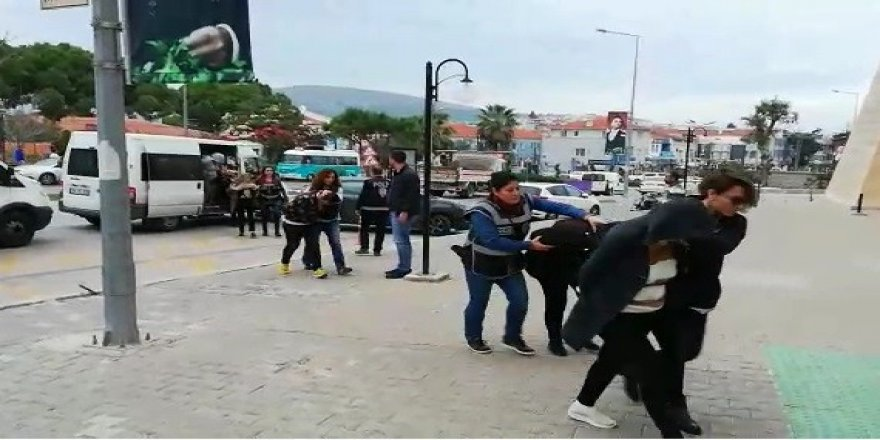 İzmir'de masaj salonlarına fuhuş baskını: 12 tutuklama