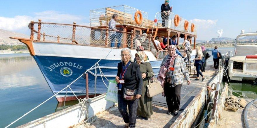 5 bin Altındağlı Ankara'nın tarihi yerlerini gezdi