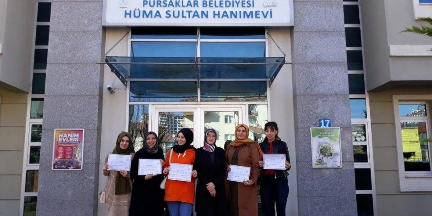Pursaklar'da kursiyerlerin sertifika heyecanı