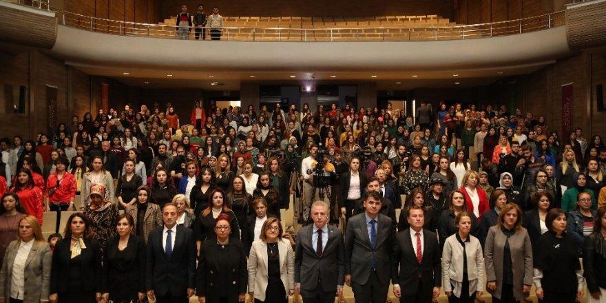 Türkiye'nin lider kadınları zirvede buluştu