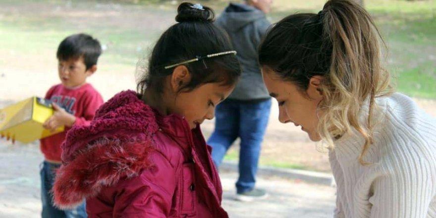 Öğretmen ve öğrencilerinden örnek yardım