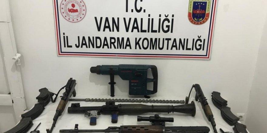 Van'da 18 kilogram TNT ve mühimmat ele geçirildi